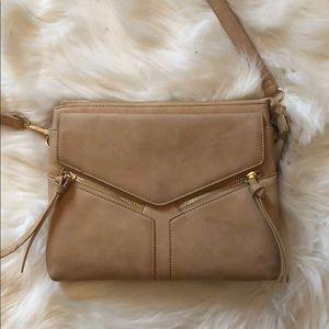 Free People • beige boho crossbody bag